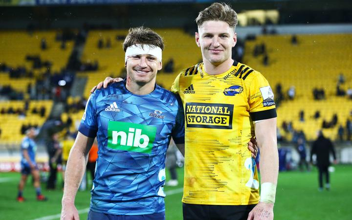 Hurricanes Jordie Barrett & Blues Beauden Barrett during the Hurricanes v Blues Super Rugby Aotearoa match at Sky Stadium on Saturday the 18th of July 2020. Copyright Photo by Grant Down / photosport.nz