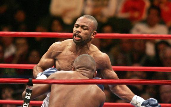 Roy Jones Jr in action against Felix 'Tito' Trinidad.