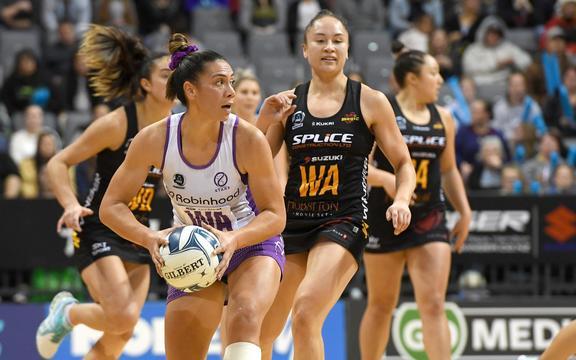 Grace Kara. Magic v Stars, ANZ Premiership Netball, Claudelands Arena, Hamilton, New Zealand. 9 August 2020. © Copyright Photo: Jeremy Ward / www.photosport.nz