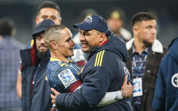 Highlanders' co-captains Aaron Smith and Ash Dixon.