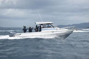 Officers of the RSIPF Police Response Team patrolling Solomon Islands side of the common border with PNG.