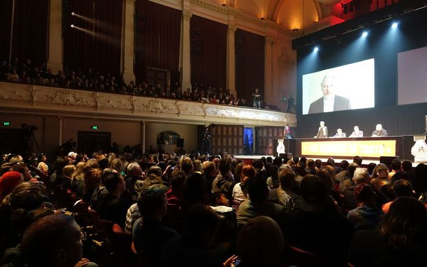 Hundreds of people packed the Auckland Town Hall.