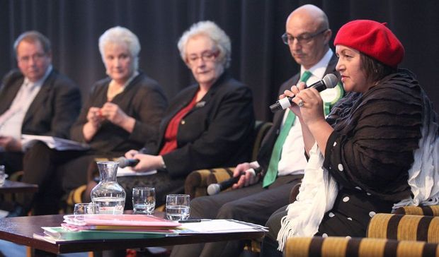 From left to right: The facilitator of the panel, Richard Harman; Labour's health spokesperson Annette King; New Zealand First health spokesperson Barbara Stewart; the Green Party spokesman Kevin Hague; and Maarama Fox of the Maori Party.