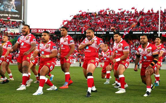 Tonga Hakka si esibisce prima di affrontare l'Australia nel 2019.