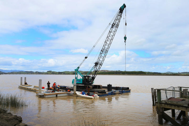 New pontoon being built in the Northern Wairoa River.