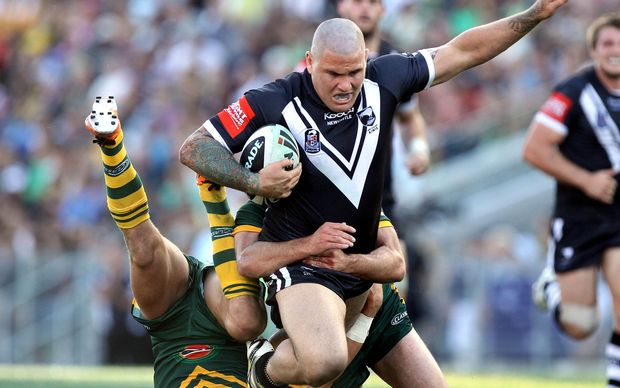 Former Kiwi and Warriors prop Russell Packer, despite being in prison for assault, is on new Brisbane Broncos coach Wayne Bennett's player wish list.