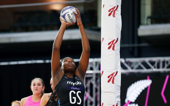 Grace Nweke playing for the Silver Ferns against NZ A, 2020.