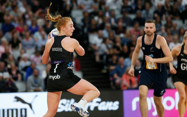 Sam Winders, Cadbury Netball Series, Silver Ferns v New Zealand Men, Fly Palmy Arena, Palmerston North. Thursday 22 October 2020.