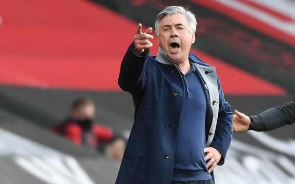 Everton's Italian head coach Carlo Ancelotti reacts during the English Premier League football match between Southampton and Everton at St Mary's Stadium in Southampton, southern England, on October 25, 2020.