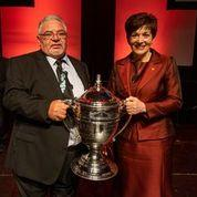 Governor-General Dame Patsy Reddy presented the Ahuwhenua Trophy to Norm Carter, chairman of Hineroa Orchard.