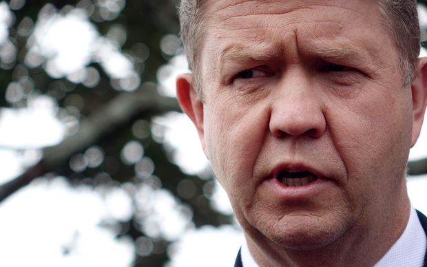 David Cunliffe announces his resignation as leader of the Labour Party to reporters in Auckland.