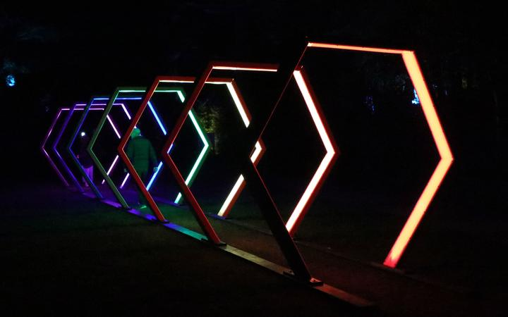 Kiwi artist Anthony Van Dorsten piece - Full Spectrum