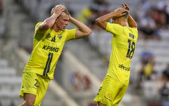 Joshua Laws and Ben Waine of the Phoenix react after a missed chance during the A-League match,  Wellington Phoenix v Newcastle Jets at WIN Stadium, Sunday 24th January 2021
