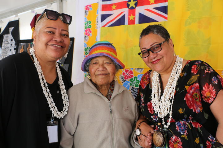 Niuean sisters Maria Solouota (Left) and Tonie Ikivihi (Right) with mum Margaret are urging more community groups to get involved in the Wellington Pasifika Festival. 23 January 2021