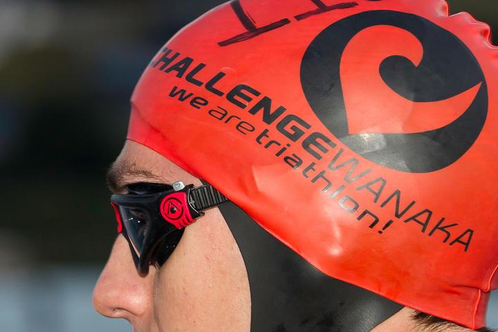 Daniel Smith: 2012 NZL-Challenge Wanaka Triathalon: SWIM
