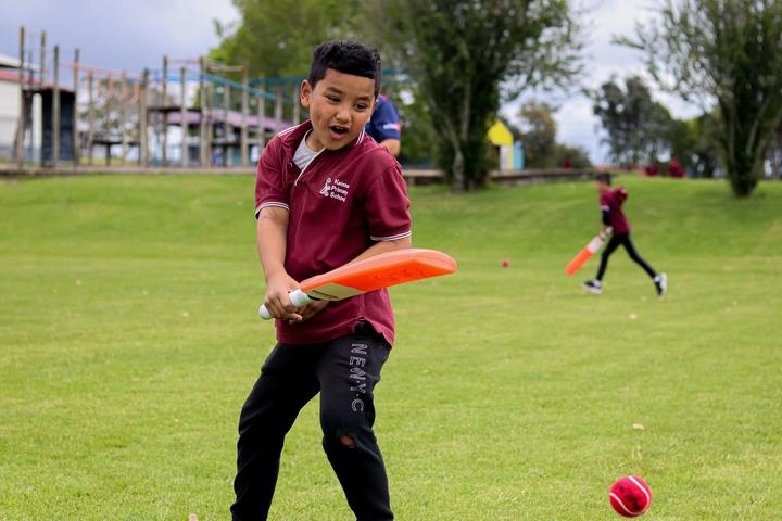 BatFirst aims to put a bat in the hand of every Year 3 child attending a Decile 1-5 school in Auckland.