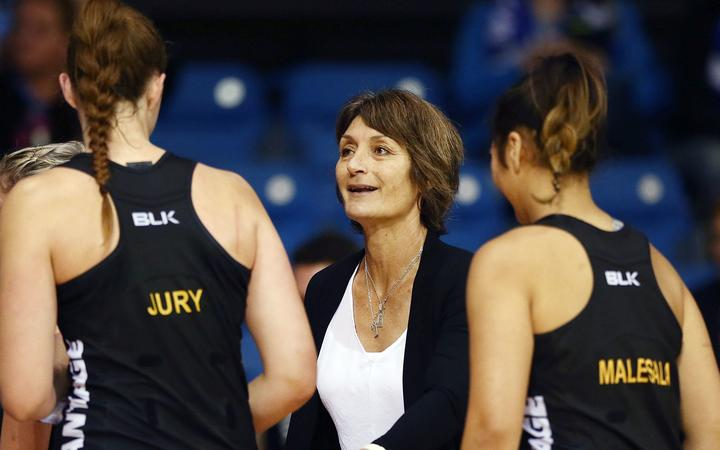 Margaret Forsyth coaching the WBOP Magic in 2017.