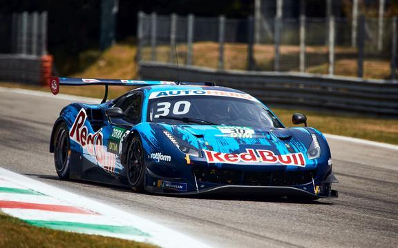 Liam Lawson w akcji podczas otwarcia sezonu DTM na torze Autodromo Nazionale Monza we Włoszech 19 czerwca 2021 r.