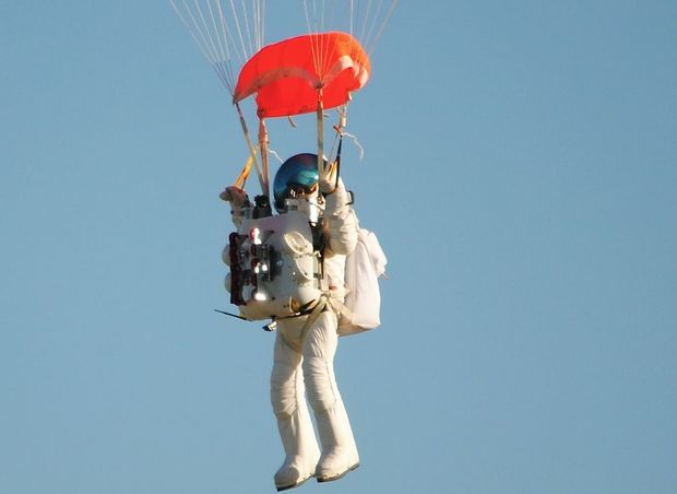 Google executive Alan Eustace after a record-breaking 135,908 foot, or 41,000 meter space dive, parachuting back to Earth