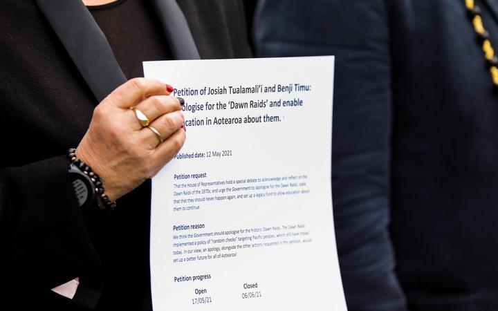 The Dawn Raids petition garnered 7366 signatures.