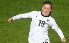 New Zealand's Annalie Longo competes for the ball.
