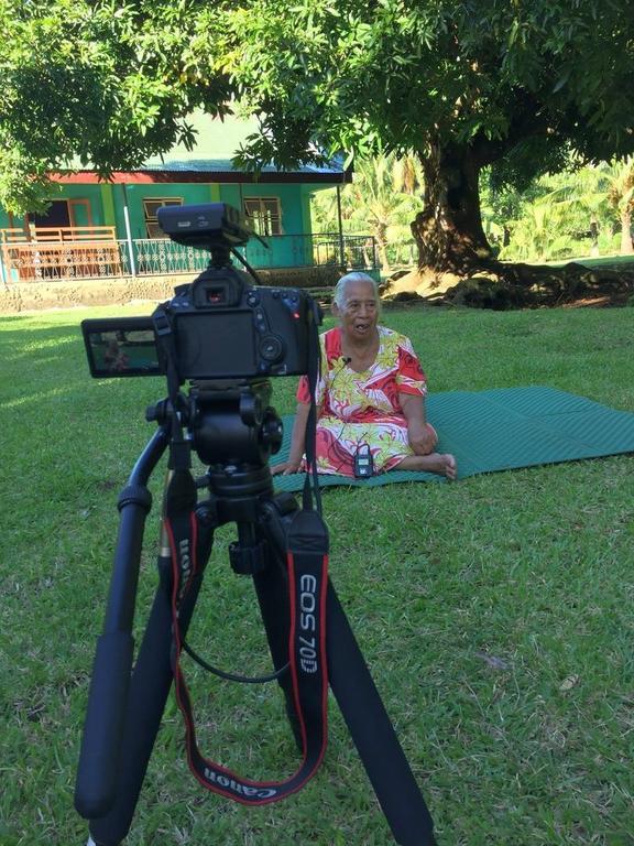 Hele Ikimotu's grandaunt Nanoua Tebeia being interviewed for Hele's documentary in 2018.