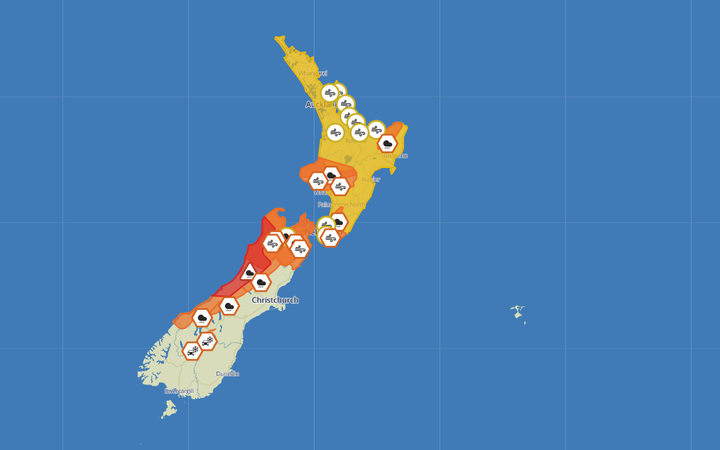 Red warning for heavy rain in parts of Westland and Buller.