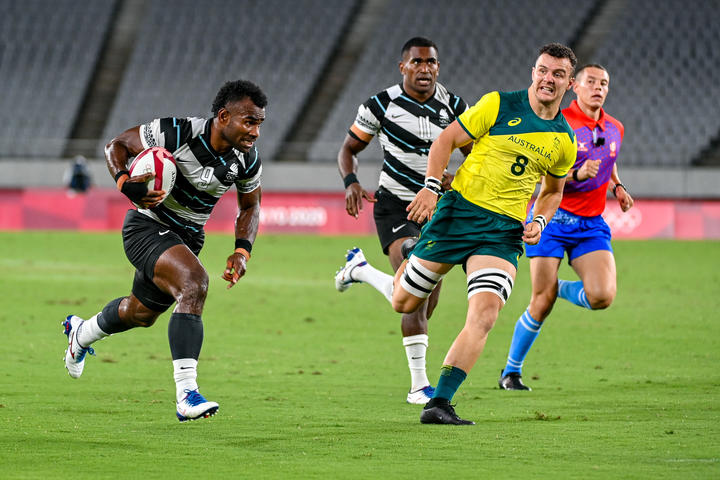 Jerry Tuwai scored two tries as Fiji advanced to the semi finals at the Tokyo Olympics.