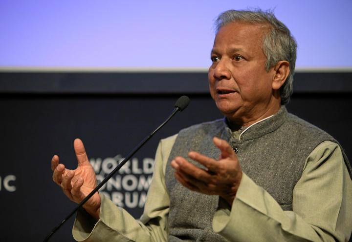 Muhammad Yunus, ganador del Premio Nobel de la Paz de Bangladesh, habló en el Foro Económico Mundial de 2009 en Davos.
