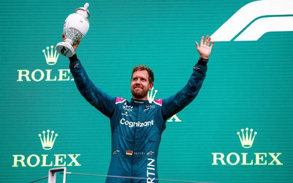 Sebastian Vettel Gere, Aston Martin.
