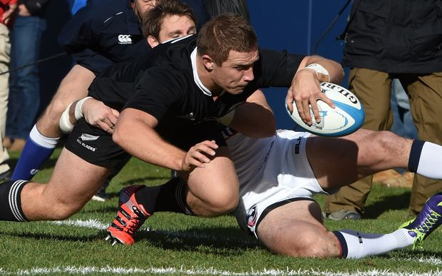Nathan Harris scores an early try for the All Blacks against the USA Eagles.