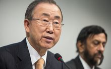 UN Secretary-General Ban Ki-Moon (left) and IPCC Chairman Rajendra Pachauri at the report's launch in Copenhagen.