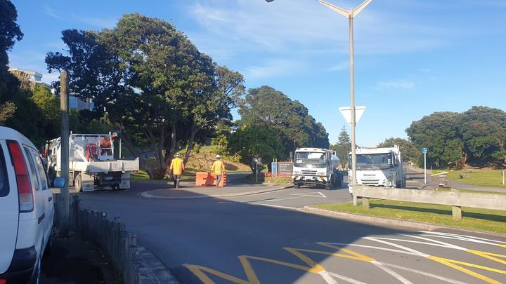 Contractors putting barriers up at Fitzroy Beach