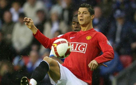 Cristiano Ronaldo grający w Manchesterze United 2009.