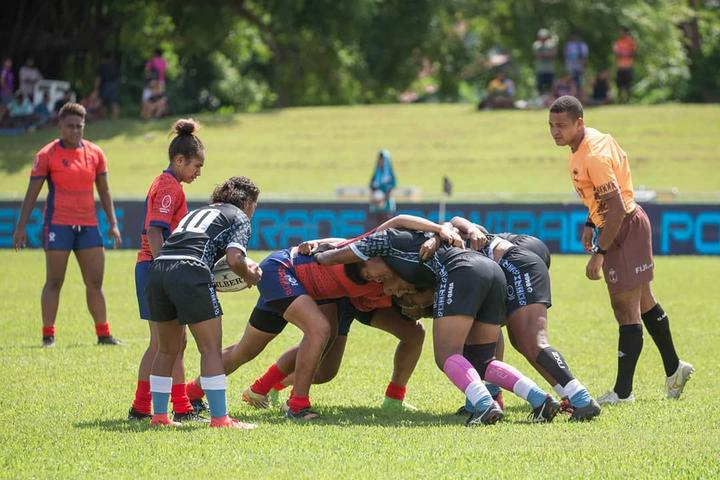 Four women's teams took part in each of the Super 7s Series tournaments.