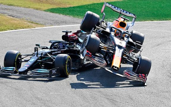 Crash of Max Verstappen and Lewis Hamilton at the Italian Grand Prix 2021.