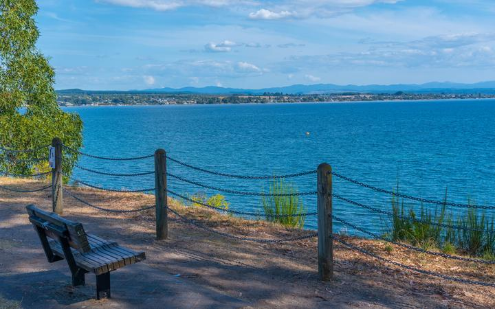 Covid-19: Couple caught out in Taupo, Aucklanders flock to beaches