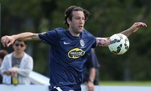 Ivan Vicelich in action for Auckland City