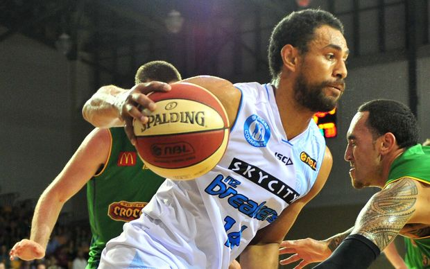 New Zealand Breakers Mika Vukona in action.