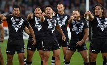 Kiwi's perform haka during 4-Nations 2014.