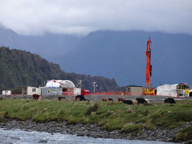 A 60-strong team of geologists and drillers has set up a drill site in the Whataroa Valley, north of Franz Josef Glacier, to drill deep into the Alpine Fault.