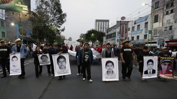 A protest at the Eje Central Avenue in Mexico City.