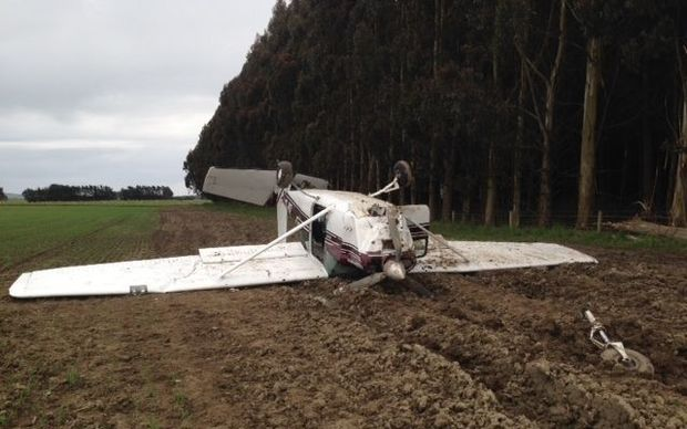 The Cessna 182 hit a fence before flipping onto its roof while attempting to take off.
