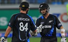 Kane Williamson and Anton Devcich make a great start as openers in the 2nd T20 in Dubai.