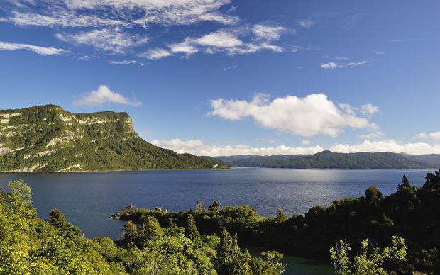 Lake Waikaremoana, Te Urewera National Park.
