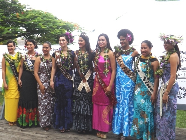 Contestants in Miss Pacific Islands pageant