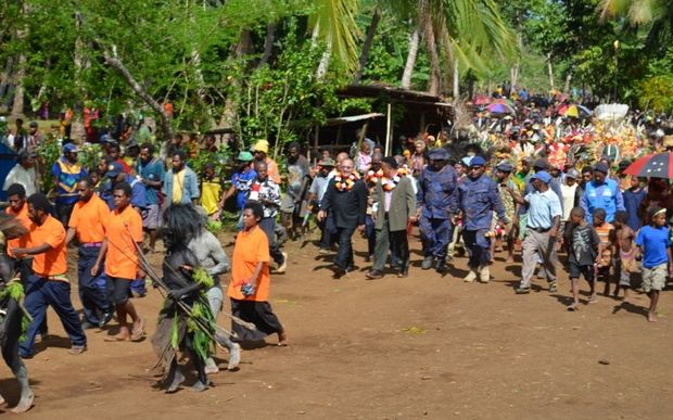 Papua New Guinea Prime Minister Peter O'Neill opens roads and classrooms in Middle Ramu.