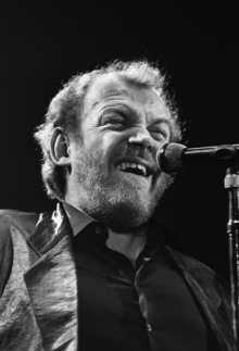British rock singer Joe Cocker performs 05 March 1988 in concert at the Zenith in Paris.