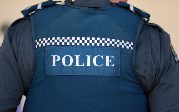 how to become a police officer nz