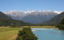 Whataroa River  and the Southern Alps.